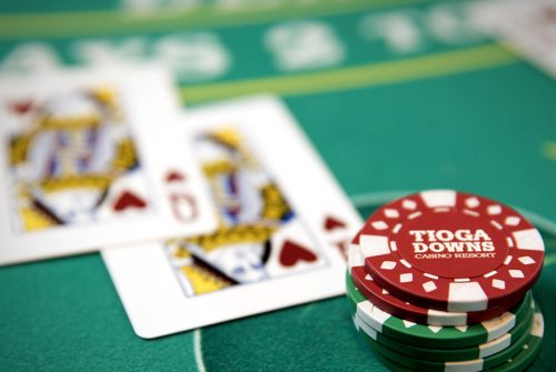 Poker QQ Online Tournaments – How to Consistently Win the game!