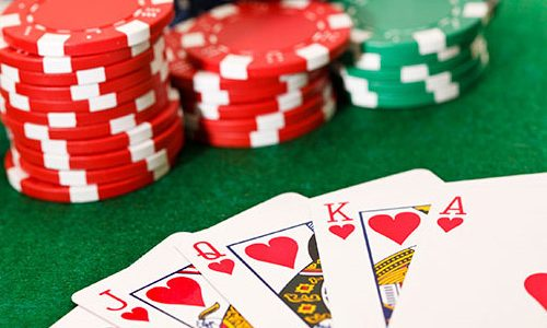 Online casinos will provide many opportunities for the players to take advantage of the bonuses
