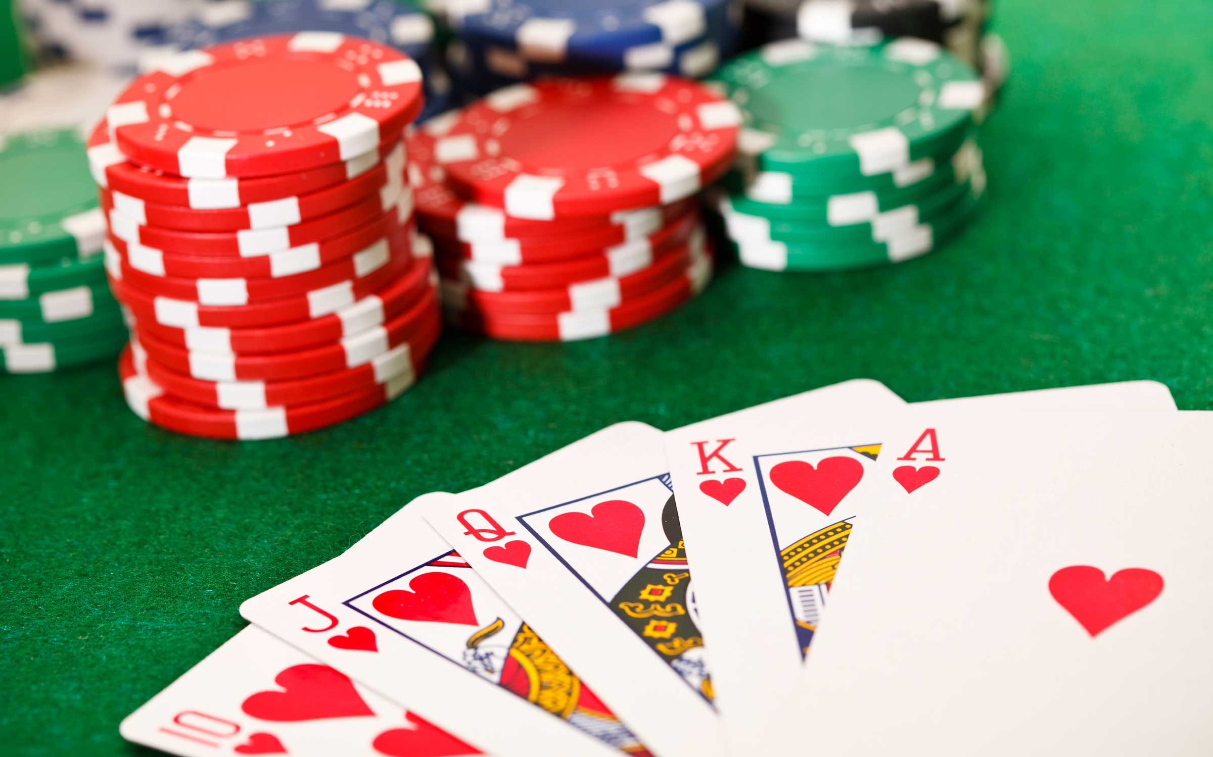 The Tricks of Playing Poker Online